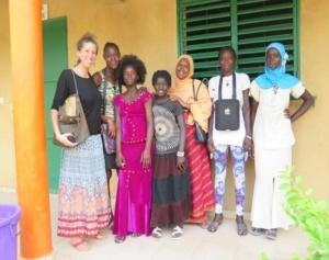 Studentesse della classe di alfabetizzazione